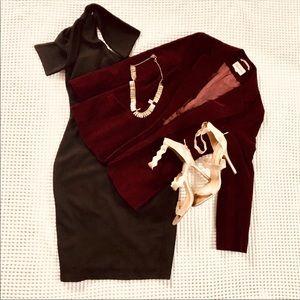 Jackets & Blazers - 🍃Velvet blazer 🍃 wine color.